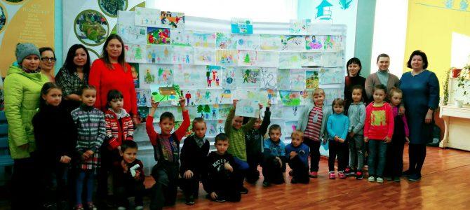 Конкурс семейного рисунка «Семейные традиции и увлечения»